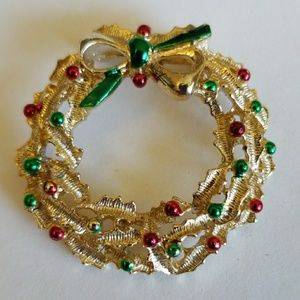 Christmas WREATH Vintage pin by GERRYS